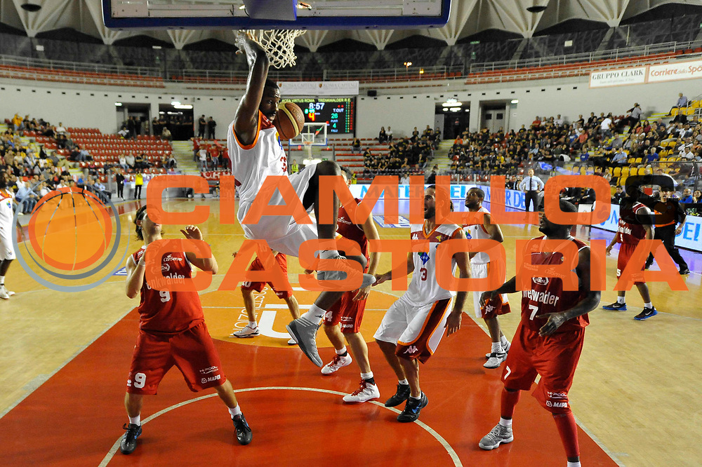 DESCRIZIONE : Roma Lega A 2012-13 Acea Roma Trenkwalder Reggio Emilia<br /> GIOCATORE : Gani Lawal<br /> CATEGORIA : schiacciata<br /> SQUADRA : Acea Roma<br /> EVENTO : Campionato Lega A 2012-2013 <br /> GARA : Acea Roma Trenkwalder Reggio Emilia<br /> DATA : 14/10/2012<br /> SPORT : Pallacanestro <br /> AUTORE : Agenzia Ciamillo-Castoria/GiulioCiamillo<br /> Galleria : Lega Basket A 2012-2013  <br /> Fotonotizia : Roma Lega A 2012-13 Acea Roma Trenkwalder Reggio Emilia<br /> Predefinita :