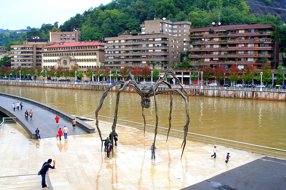"""""""Maman"""" by Louise Bourgeois"""