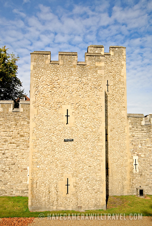 Exterior fortifications around the Tower of London