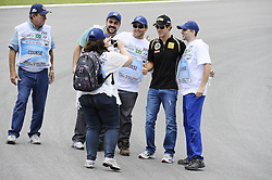 24.11.2011, Autodromo Jose Carlos Pace, Sao Paulo, BRA, F1, Grosser Preis von Brasilien, im Bild Bruno Senna [BRA] Lotus Renault GP // during the Formula One Championships 2011 Grand Prix of Brazil held at the Autodromo Jose Carlos Pace, Sao Paulo, Barzil on 2011/11/24..***** ATTENTION - OUT OF GER, CRO *****