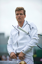 LONDON, ENGLAND - Wednesday, June 29, 2016: Tomas Berdych (CZE) adjusting his tennis shorts before his Gentlemen's Singles 1st Round match on day three of the Wimbledon Lawn Tennis Championships at the All England Lawn Tennis and Croquet Club. (Pic by Kirsten Holst/Propaganda)