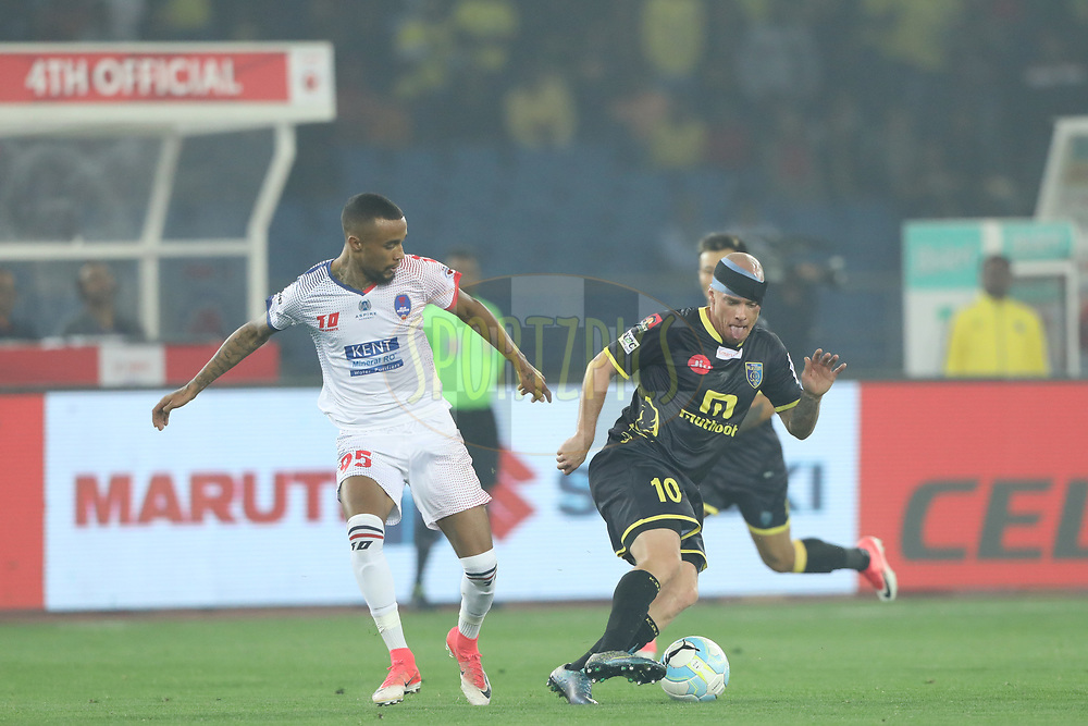Iain Hume of Kerala Blasters FC in action during match 43 of the Hero Indian Super League between Delhi Dynamos FC and Kerala Blasters FC  held at the Jawaharlal Nehru Stadium, Delhi, India on the 10th January 2018<br /> <br /> Photo by: Arjun Singh  / ISL / SPORTZPICS