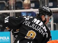17.9.2014, Ritari Areena, Hämeenlinna.<br /> Jääkiekon SM-liiga 2014-15. Hämeenlinnan Pallokerho - Oulun Kärpät.<br /> Jesse Puljujärvi - Kärpät