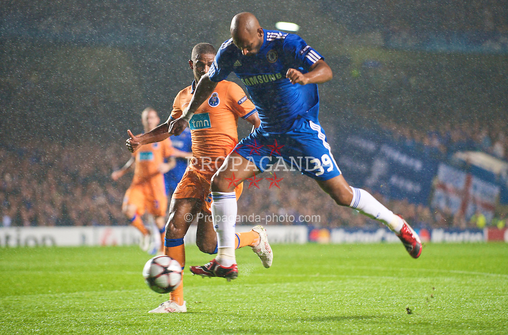 LONDON, ENGLAND - TUESDAY, SEPTEMBER 15th, 2009: Chelsea's Nicolas Anelka in action during the UEFA Champions League Group D match at Stamford Bridge. (Photo by Chris Brunskill/Propaganda)