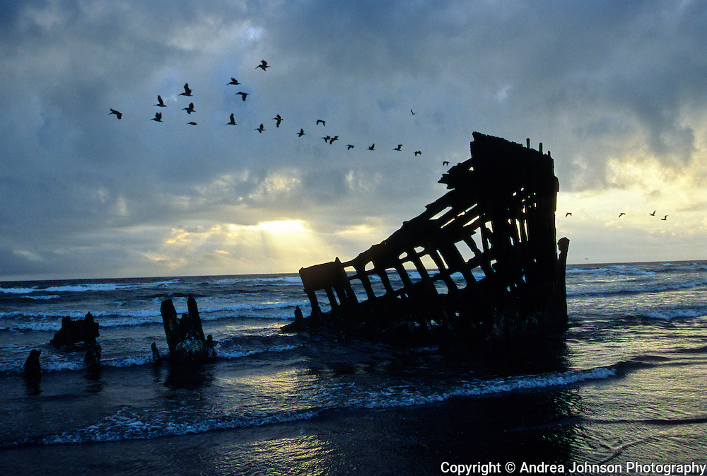 Peter Iredale wreck on Clatsop Beach, Fort Stevens State Park near Astoria. The wreck occured October 25, 1906.