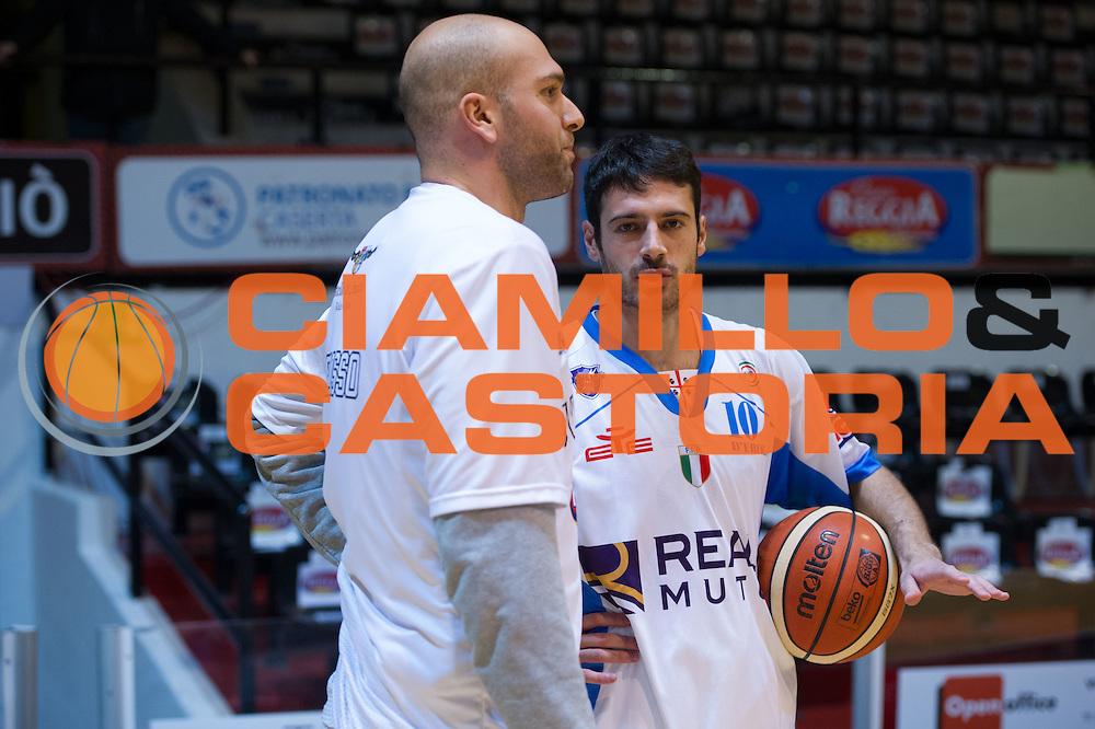 DESCRIZIONE : Caserta Lega A 2015-16 Pasta Reggia Caserta Banco di Sardegna Sassari<br /> GIOCATORE : Lorenzo D'Ercole<br /> CATEGORIA : pregame riscaldamento ritratto<br /> SQUADRA : Banco di Sardegna Sassari<br /> EVENTO : Campionato Lega A 2015-2016<br /> GARA : Pasta Reggia Caserta Banco di Sardegna Sassari<br /> DATA : 13/12/2015<br /> SPORT : Pallacanestro <br /> AUTORE : Agenzia Ciamillo-Castoria/G.Masi<br /> Galleria : Lega Basket A 2015-2016<br /> Fotonotizia : Caserta Lega A 2015-16 Pasta Reggia Caserta Banco di Sardegna Sassari