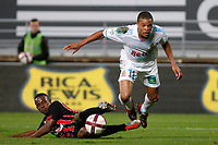 FOOTBALL - FRENCH CHAMPIONSHIP 2011/2012 - L1 - OLYMPIQUE MARSEILLE v OGC NICE  - 6/11/2011 - PHOTO PHILIPPE LAURENSON / DPPI - KAFOUMBA COULIBALY (NIC) / LOIC REMY (OM)