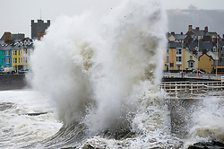 © London News Pictures. 17/11/2015. Aberystwyth, UK. <br /> he second named storm of the season - Storm Barney - hits Aberystwyth on the west coast of Wales at high tide on Tuesday morning. Photo credit: Keith Morris/LNP