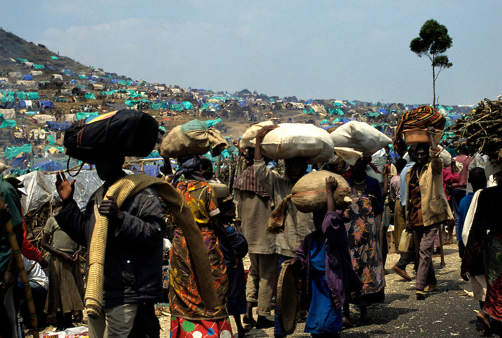Goma Democrati Republic of Congo - Kibumba refugee camp, this camp contained over 250,000 people. The Rwandan refugee crisis put severe pressure on the park. Nearly 1 million refugees were camped in the area around Goma and surrounding the park. ©Jean-Michel Clajot