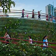 Cinta costera al atardecer<br /> Photography by Aaron Sosa.<br /> Panama City - Panama 2011.<br /> (Copyright © Aaron Sosa)