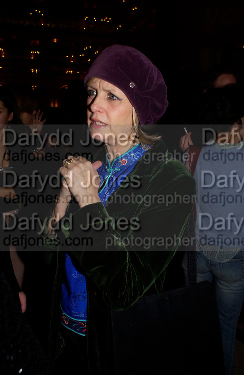 Twiggy, Krug Christmas party, hosted by Sir Trevor Nunn and Imogen Stubbs, the Criterion, 10 December 2003. © Copyright Photograph by Dafydd Jones 66 Stockwell Park Rd. London SW9 0DA Tel 020 7733 0108 www.dafjones.com