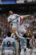 Twickenham. GREAT BRITAIN, Danny GREWCOCK and Gonzalo LONGO, contest the line out ball, during the, 2006 Investec Challenge, game between, England  and Argentina, on Sat., 11/11/2006, played at the Twickenham Stadium, England. Photo, Peter Spurrier/Intersport-images].....