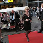 NLD/Amsterdam/20080901 - Premiere film Bikkel over het leven van Bart de Graaff, moeder Bart, Marianne Poot