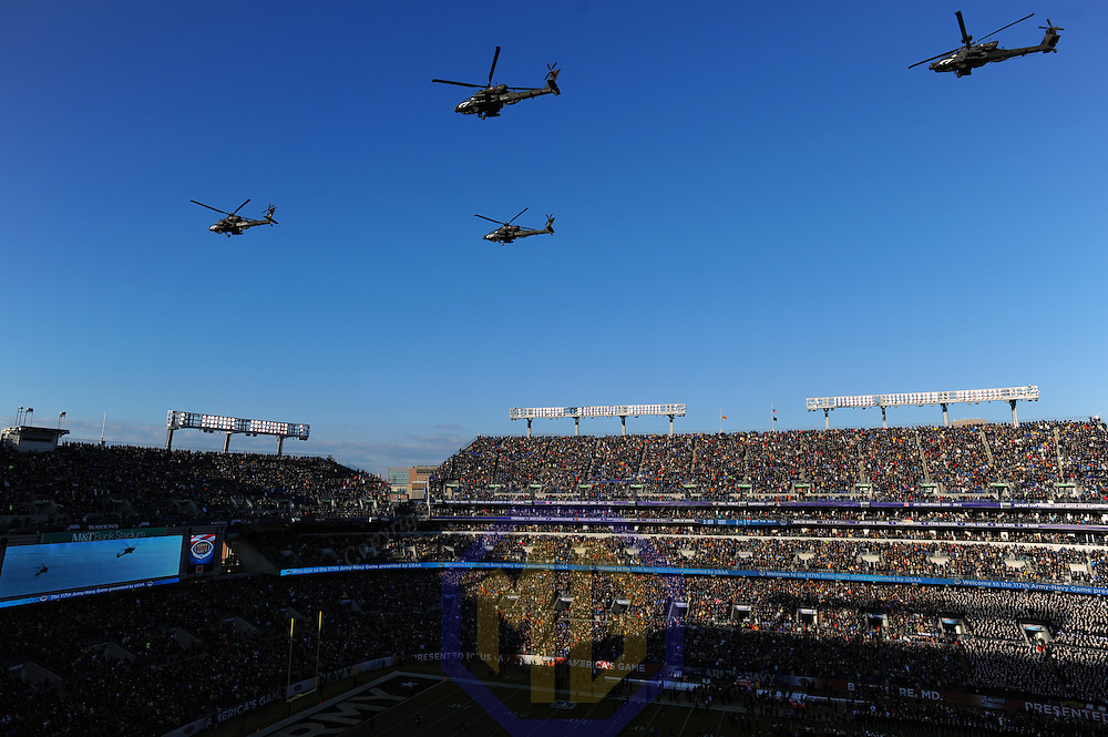BALTIMORE, MD - DECEMBER 10: Four Army Apache helicopters fly over M&T Bank Stadium on December 10, 2016 in Baltimore, MD. in the 117th Army Navy game. (Photo by Mark Goldman/Icon Sportswire)