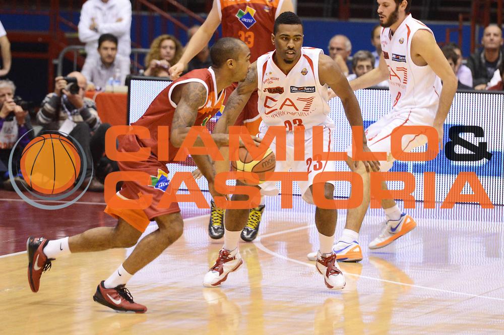 DESCRIZIONE : Milano Lega A 2012-13 EA7 Emporio Armani Milano Acea Roma<br /> GIOCATORE : Phil Goss<br /> CATEGORIA : controcampo palleggio<br /> SQUADRA : Acea Roma<br /> EVENTO : Campionato Lega A 2012-2013 <br /> GARA : EA7 Emporio Armani Milano Acea Roma<br /> DATA : 22/10/2012<br /> SPORT : Pallacanestro <br /> AUTORE : Agenzia Ciamillo-Castoria/GiulioCiamillo<br /> Galleria : Lega Basket A 2012-2013  <br /> Fotonotizia :  Milano Lega A 2012-13 EA7 Emporio Armani Milano Acea Roma<br /> Predefinita :