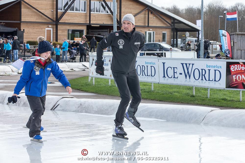 NLD/Biddinghuizen//20170305 - De Hollandse 100 - Stichting Lymph & Co 2017, Prins Maurits aan het schaatsen met zijn dochter