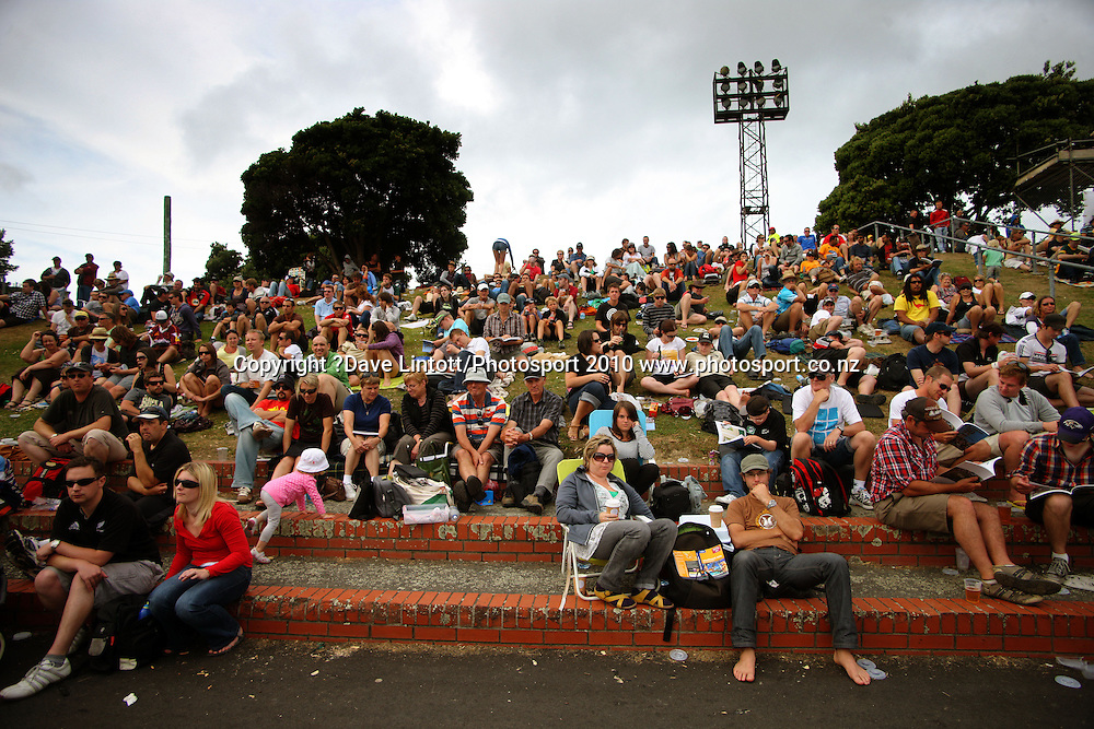 Fans watch from the embankment.<br /> 1st cricket test match - New Zealand Black Caps v Australia, day two at the Basin Reserve, Wellington.Saturday, 20 March 2010. Photo: Dave Lintott/PHOTOSPORT