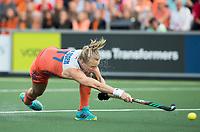 AMSTELVEEN - Ireen van den Assem (Ned)  tijdens  Nederland-Tsjechie (dames) bij de Rabo EuroHockey Championships 2017.  COPYRIGHT KOEN SUYK