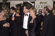 Hugh Grant and Tina Brown . Golden Globes. Beverley Hilton. 21 January 2001. © Copyright Photograph by Dafydd Jones 66 Stockwell Park Rd. London SW9 0DA Tel 020 7733 0108 www.dafjones.com