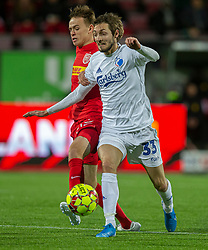 Mads Døhr Thycosen (FC Nordsjælland) og Rasmus Falk (FC København) under kampen i 3F Superligaen mellem FC Nordsjælland og FC København den 8. december 2019 i Right to Dream Park, Farum (Foto: Claus Birch).