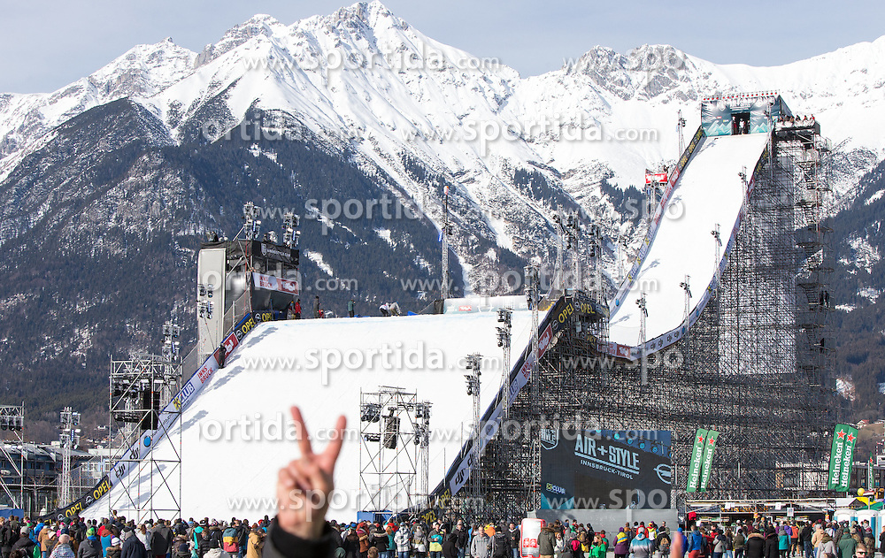06.02.2016, Olympiaworld, Innsbruck, AUT, Air and Style, Innsbruck, im Bild die Schanze // the ramp during the Air & Style Snowboard Competition and Festival at the Olympiaworld in Innsbruck, Austria on 2016/02/06. EXPA Pictures © 2016, PhotoCredit: EXPA/ Jakob Gruber