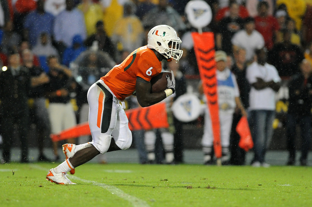 2011 Miami Hurricanes Football @ Maryland<br /> <br /> Lamar Miller