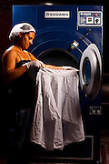 Igaratinga_MG, Brasil...Servico de lavanderia no Lar dos Idosos Padre Libero em Igaratinga, Minas Gerais...Laundry Service at the Elderly Home Padre Libero in Igaratinga, Minas Gerais...Foto: LEO DRUMOND / NITRO