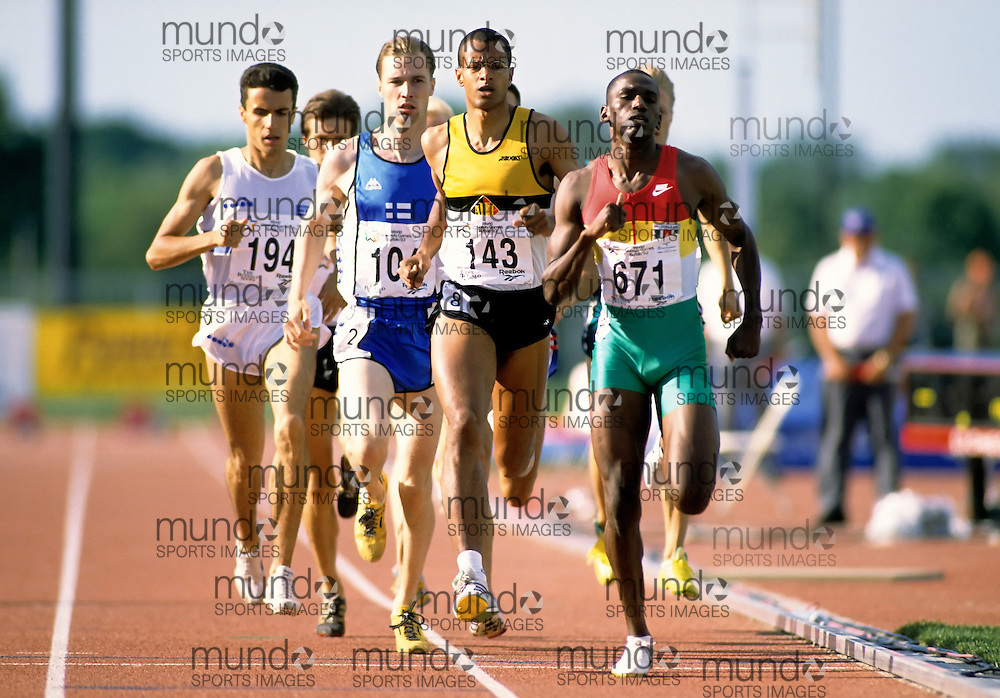 (Bufallo, New York---21 July 1993)   competing in the 800m heats at the 1993 World Student Games (FISU). Copyright Sean Burges / Mundo Sport Images, 1993