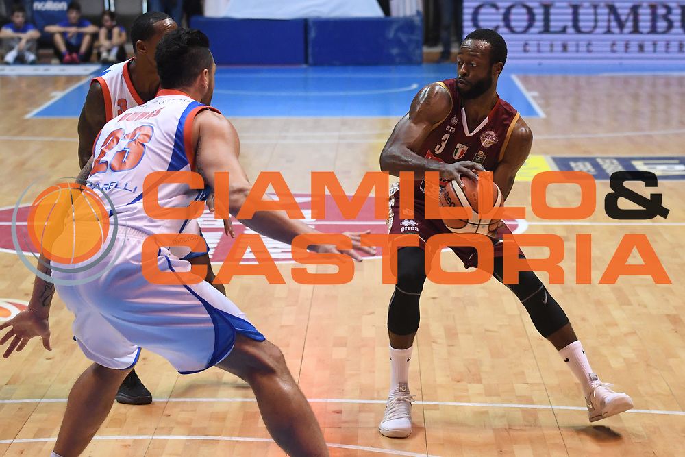 Dominique Johnson<br /> Red October Cantu - Umana Reyer Venezia<br /> LegaBasket Serie A 2017/2018<br /> Desio, 11/11/2017<br /> Foto M.Ceretti / Ciamillo-Castoria