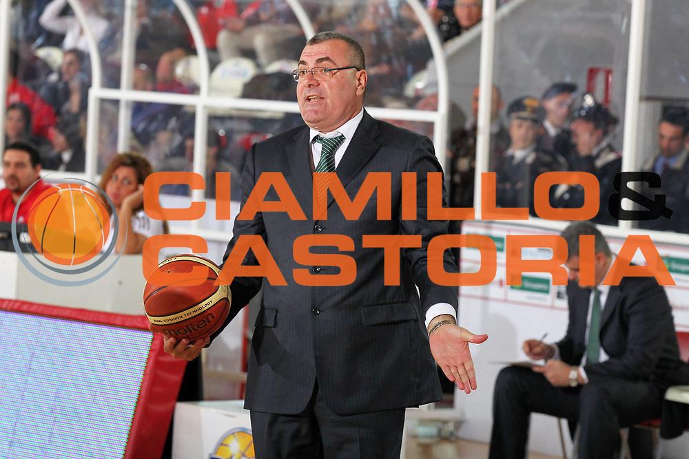 DESCRIZIONE : Teramo Lega A 2009-10 Bancatercas Teramo Benetton Treviso<br /> GIOCATORE : Jasmin Repesa<br /> SQUADRA : Benetton Treviso<br /> EVENTO : Campionato Lega A 2009-2010 <br /> GARA : Bancatercas Teramo Benetton Treviso<br /> DATA : 09/05/2010<br /> CATEGORIA : ritratto coach<br /> SPORT : Pallacanestro <br /> AUTORE : Agenzia Ciamillo-Castoria/ElioCastoria<br /> Galleria : Lega Basket A 2009-2010 <br /> Fotonotizia : Teramo Lega A 2009-10 Bancatercas Teramo Benetton Treviso<br /> Predefinita :
