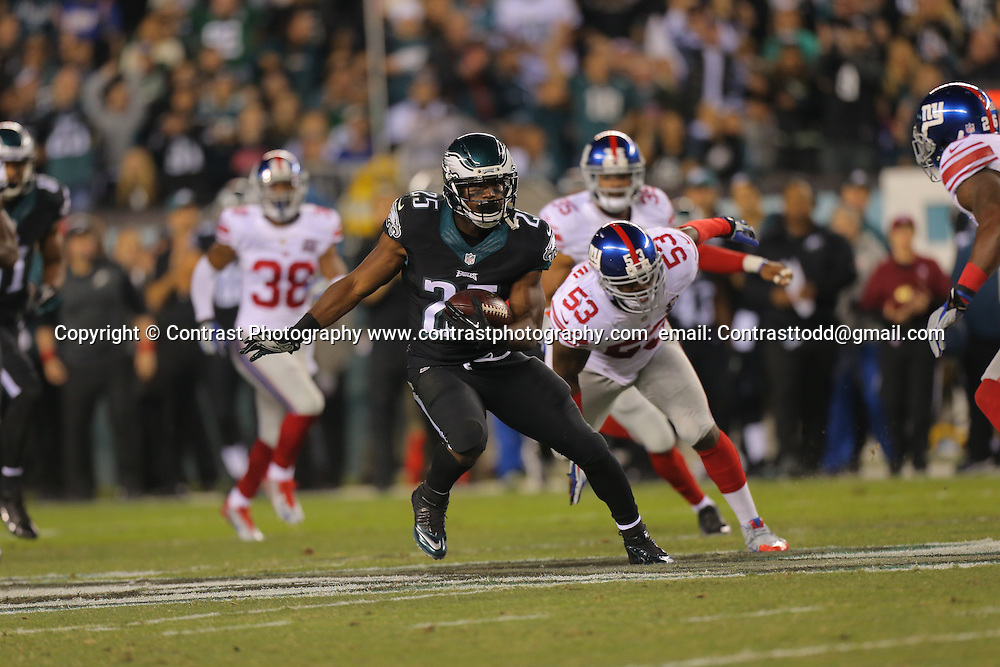 New York Giants vs Philadelphia Eagles in Philadephia, PA Sunday Oct 12th 2014<br /> <br /> Mandatory Credit:  Todd Bauders/ContrastPhotography.com
