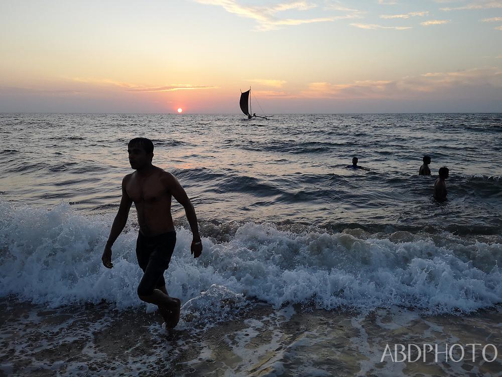 dav Negombo Sri Lanka beach, market canal, railway station
