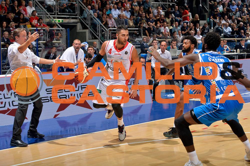 Pietro Aradori<br /> Grissin Bon Pallacanestro Reggio Emilia - Banco di Sardegna Dinamo Sassari<br /> Lega Basket Serie A 2016/2017<br /> Bologna, 08/10/2016<br /> Foto Ciamillo-Castoria