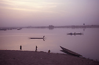 The NIger River in Mopti, Mali