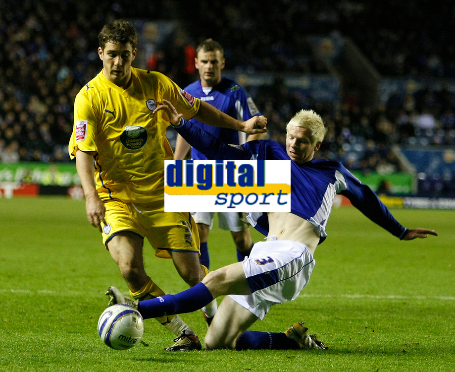 Photo: Steve Bond/Richard Lane Photography. Leicester City v Sheffield Wednesday. Coca Cola Championship. 12/12/2009. In a rare Wednesday attack Lewis Buxton (L) is tackled by Ryan McGivern (R)