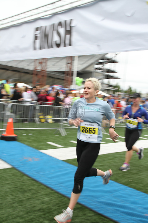 31st Annual Nordstrom Beat the Bridge, benefitting JDRF - Finish Line.