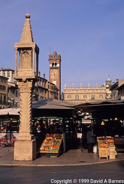 Piazza delle Erbe, Capetello Market column, Verona, Italy