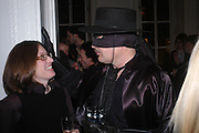 Bridget Pierpont and Peter Poplaski. Night at Crumbland to celebrate the launch of the Stella McCartney and Robert Crumb collaboration and the publication of the R.Crumb Handbook. Stella McCarttney shop. Bruton St. London. 17 March 2005. ONE TIME USE ONLY - DO NOT ARCHIVE  © Copyright Photograph by Dafydd Jones 66 Stockwell Park Rd. London SW9 0DA Tel 020 7733 0108 www.dafjones.com