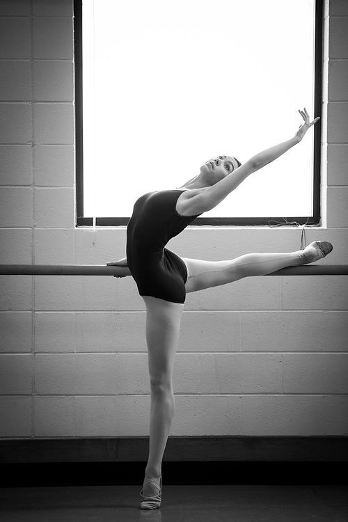 University of Utah Marketing lifestyle photos, ballet  and modern dancers, food class, acting class, performance dance class on the campus of The University of Utah in Salt Lake City, Utah Friday Feb. 26, 2016. (August Miller)