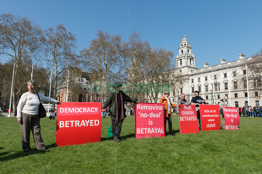 March 29, 2019 - London, Greater London, United Kingdom - Pro-Brexit supporters protest outside the Houses of Parliament in London on the day Britain was originally scheduled to leave the European Union, on 29 March, 2019. Today, MPs will vote on a motion to approve the Brexit Withdrawal Agreement but without the Political Declaration on future relationship with the EU, which together form Prime Minister Theresa May's Brexit deal. (Credit Image: © Wiktor Szymanowicz/NurPhoto via ZUMA Press)