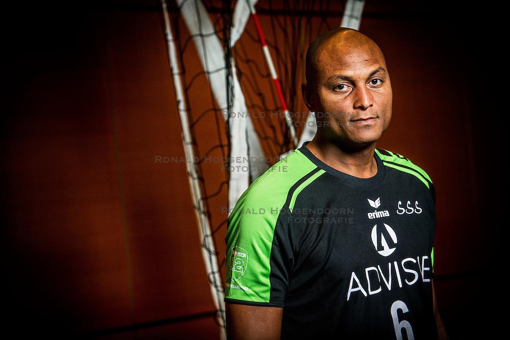 05-10-2016 NED: Selectie SSS 2016-2017, Barneveld<br /> De spelers van eredivisie club SSS voor het seizoen 2016-2017 / Trainer/coach Albert Cristina of SSS