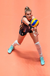 29-05-2019 NED: Volleyball Nations League Netherlands - Bulgaria, Apeldoorn<br /> Kirsten Knip #1 of Netherlands