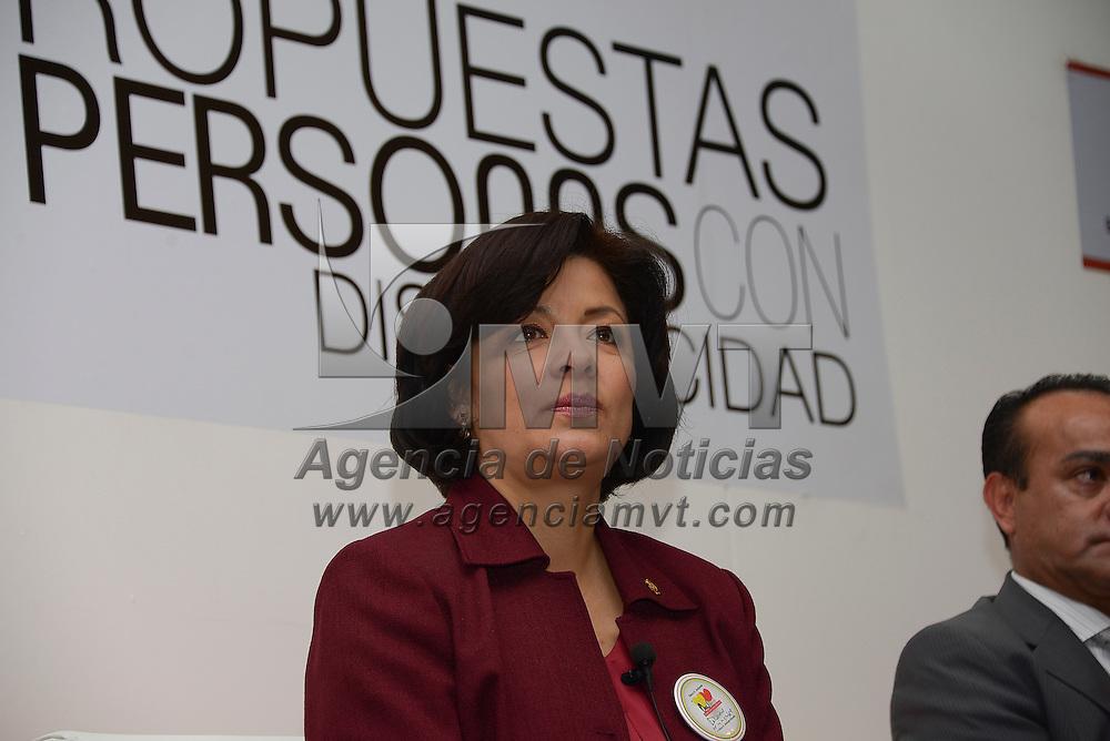 Toluca, México.- Martha Hilda González Calderón, alcaldesa de Toluca durante la inauguración del Foro Retos y Propuestas a favor de las Personas con Discapacidad. Agencia MVT / Crisanta Espinosa