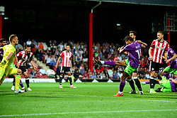 Bobby Reid of Bristol City scores late in the game to make it 2-2 - Mandatory by-line: Dougie Allward/JMP - 15/08/2017 - FOOTBALL - Griffin Park - Brentford, England - Brentford v Bristol City - Sky Bet Championship
