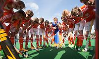ROTTERDAM -   teamhuddle   Practice Match  Hockey : Netherlands Boys U16  v England U16 . COPYRIGHT KOEN SUYK