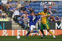 Photo: Pete Lorence.<br />Leicester City v Norwich City. Coca Cola Championship. 14/04/2007.<br />Iain Hume tested the Norwich defence.