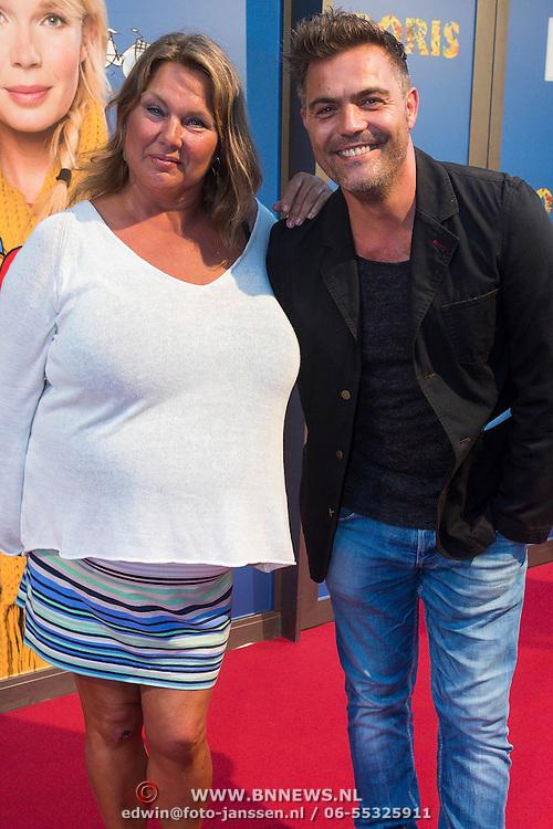 NLD/Amsterdam/20130902 - Premiere Doris, Maja van den Broecke en Mike Starink