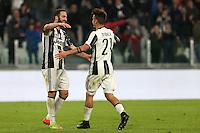 17.02.2017 - Torino - Serie A 2016/17 - 25a giornata  -  Juventus-Palermo nella  foto: Paulo Dybala e Gonzalo Higuain si abbracciano dopo il gol del 4 a 0