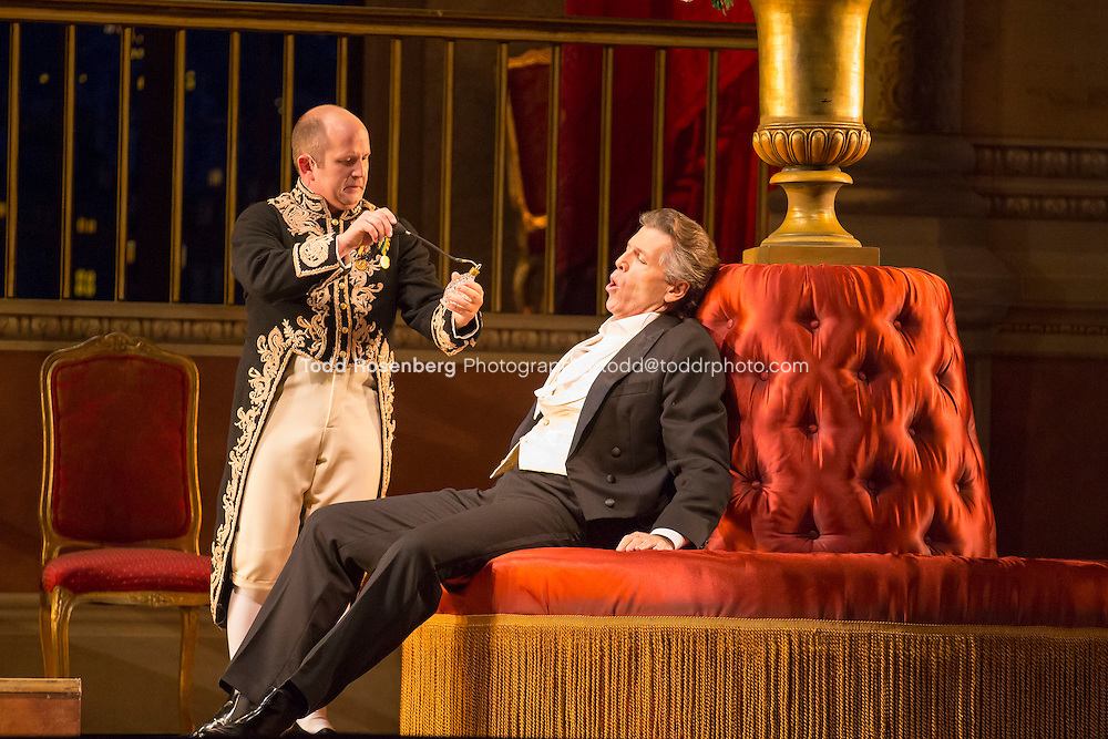 11/11/15 1:28:24 PM -- <br /> The Lyric Opera of Chicago Presents<br /> &quot;The Merry Widow&quot;<br /> Renee Fleming<br /> <br /> &copy; Todd Rosenberg Photography 2015