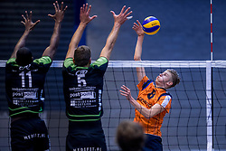 22-10-2016 NED: TT Papendal/Arnhem - Advisie SSS, Arnhem<br /> De Talenten winnen met 3-2 van SSS / Ruben Penninga #8 of Talent Team